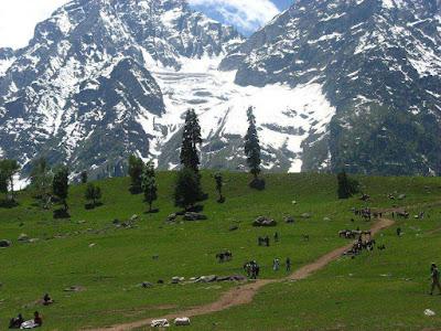 SNOW COVERED PEAKS AR SARAHAN, Shimla