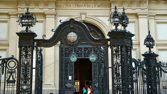 ¿Por qué miles de argentinos quieren abandonar la Iglesia católica?