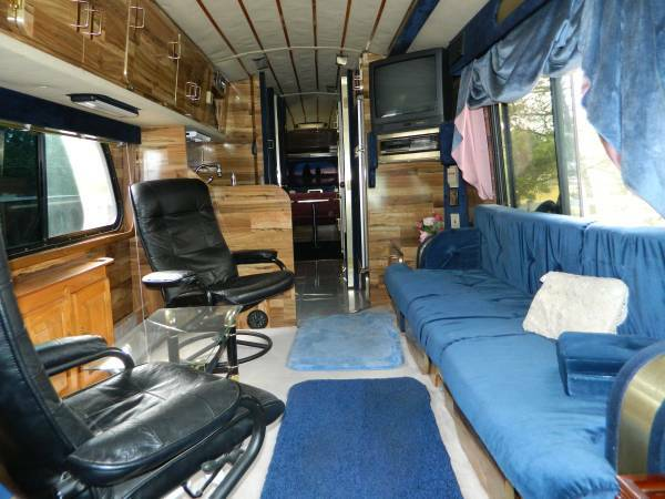 Used Rvs 1968 Gm 4107 Bus Conversion For Sale By Owner