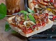 Pizza con Verduras y Queso de Oveja