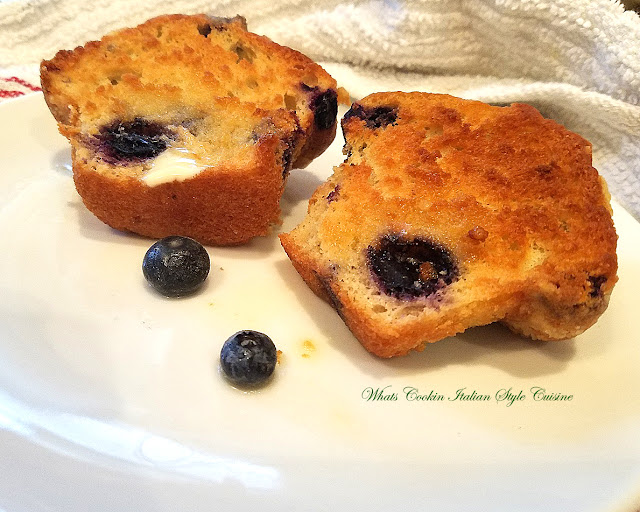 these are grilled blueberry muffins with butter