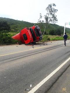 Comerciante de São Vicente do Seridó sofre acidente com caminhão pipa