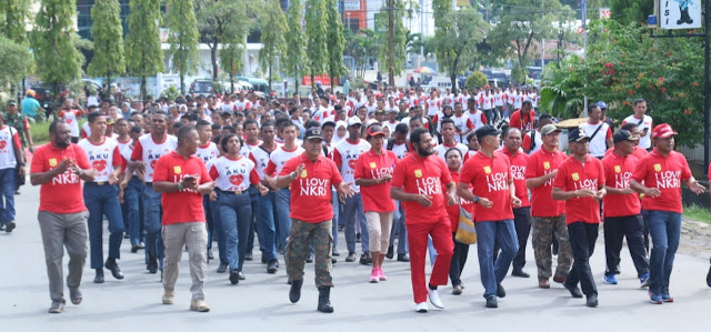Di Kota Jayapura, Ribuan Orang Peringati Kembalinya Irian Barat ke NKRI