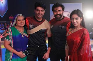 Deepika Singh,  Rohit Raj Goyal, Anas Rashid as Sooraj Arun Rathi, Neelu Vaghela as Santosh Arun Rathi from the set of Diya Aur Baati Hum .