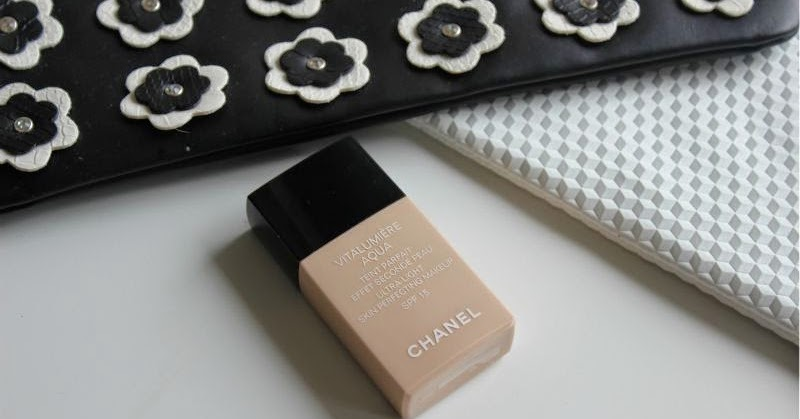 chanel vitalumiere aqua foundation review the sunday girl. Black Bedroom Furniture Sets. Home Design Ideas