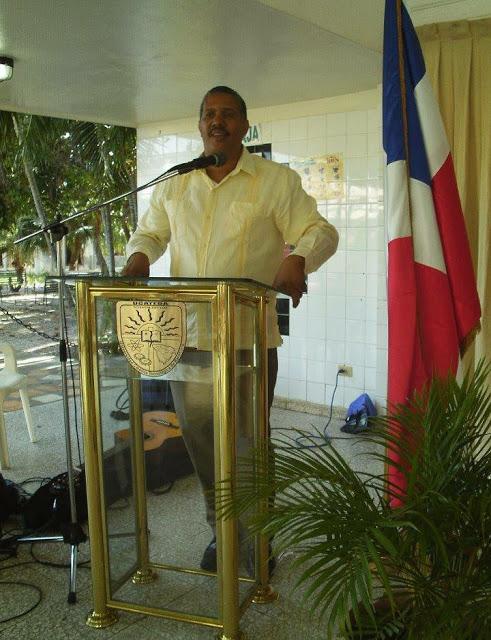BARAHONA:Designan a Lauris Batista como director regional del distrito 01 de Educación