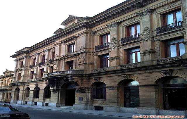 Edifício neoclássico do Museu de Arte Pré Colombiana - Montevidéu