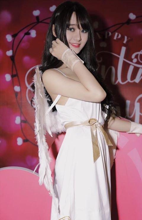 Hot girl Quỳnh Lê Mặt xinh khả ái xinh đẹp 19
