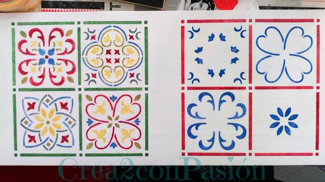 Stencil-azulejo-hidráulico-perchero-handmade-Crea2-Con-Pasión-vista-pasos-segundo-azulejo