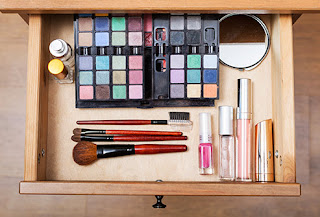 How Do You Store Your Makeup?