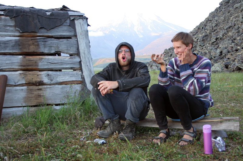 Юрта геологов у озера Кетачан Камчатка