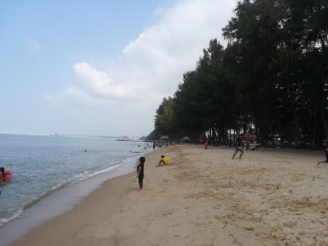 Pantai Puteri Tempat Menarik Pilihan Keluarga Berhujung Minggu
