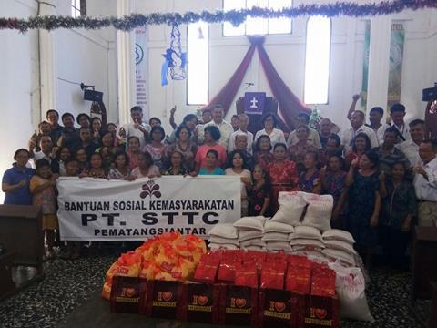 PT. STTC Bagikan Bingkisan Natal ke Gereja-gereja di Siantar - Simalungun