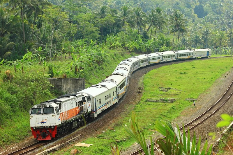 Tutorial Naik Kereta Ekonomi