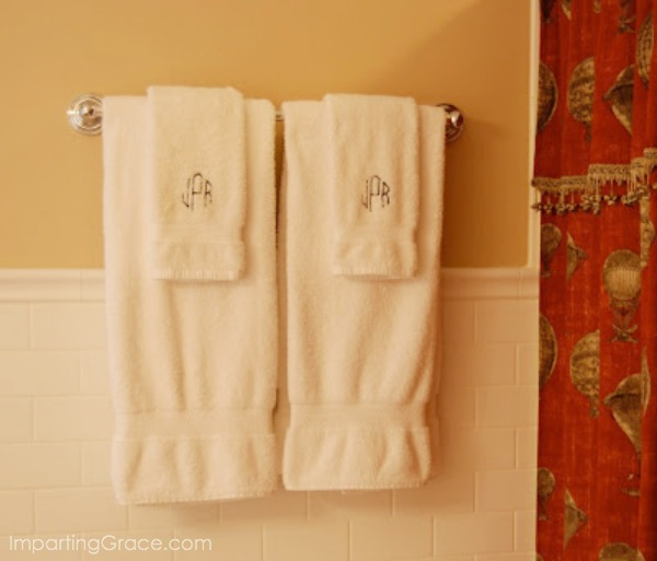 Bathroom Hand Towels hand towels for your guest bathroom