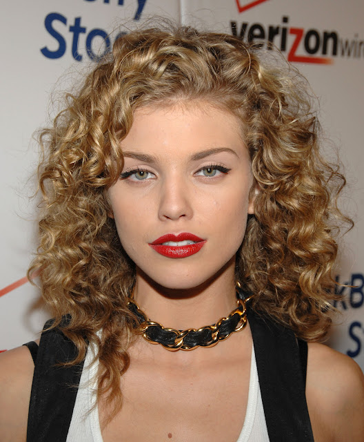 A New Life Hartz Curly Wedding Hairstyle: A New Life Hartz: Anna Lynne McCords Curly Hairstyles