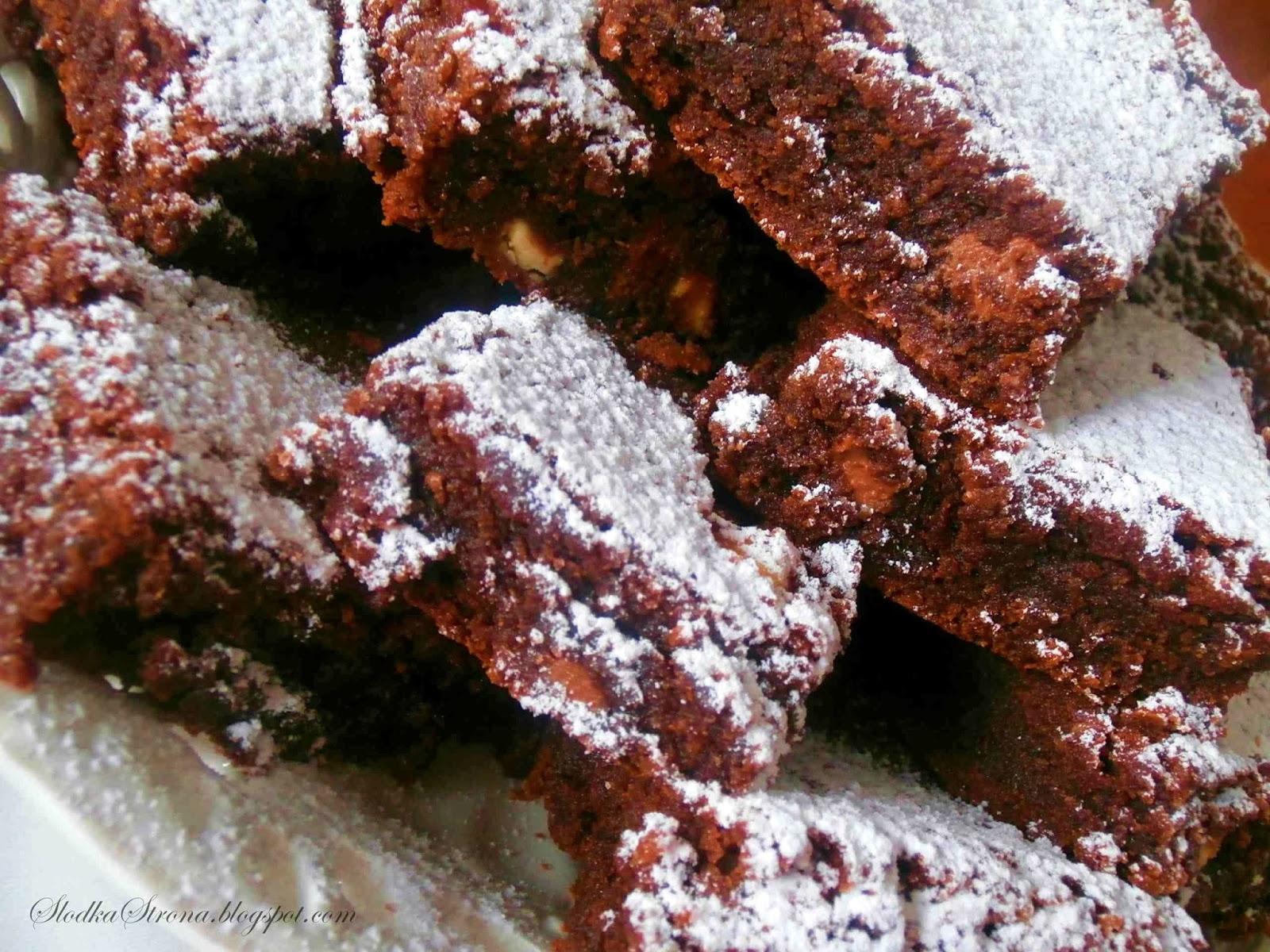 potrojnie-czekoladowe-brownies nigelli