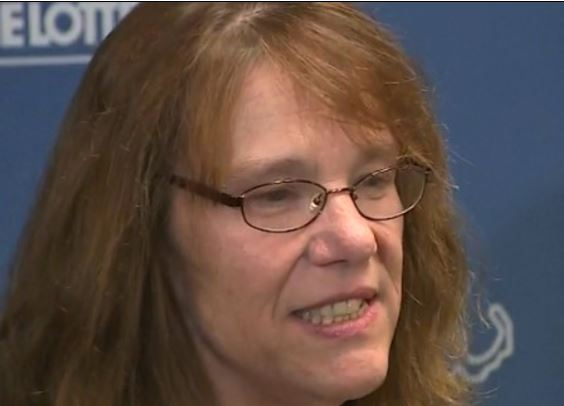 53 year old woman wins $758.7million lottery, tells boss she's never coming back