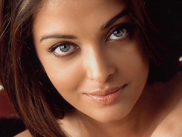 Dashing Aishwarya Rai hot images