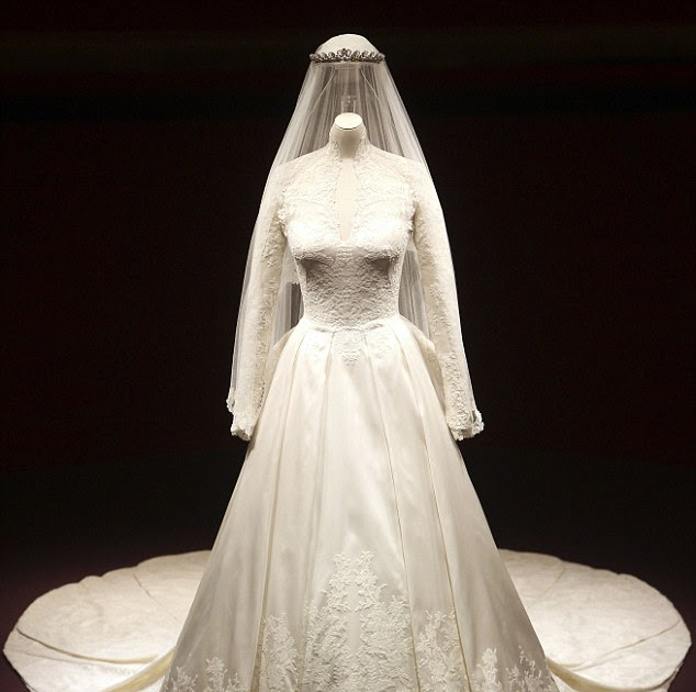 Wedding Gown Display: The Duchess Of Cambridge): A