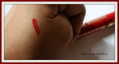 Review and swatches of Lakme Jewel Liquid Sindoor in Red Shade