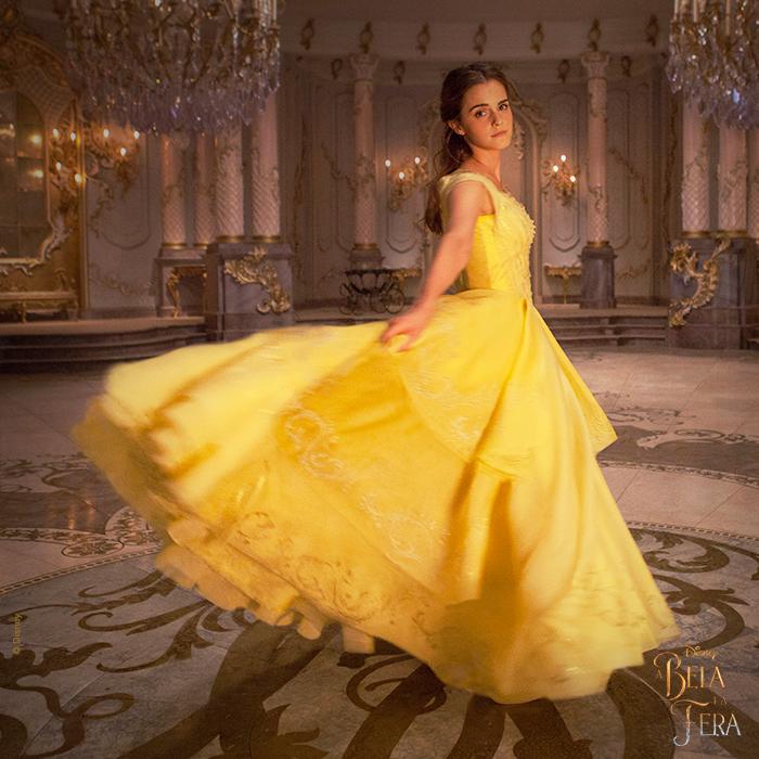 Filme A Bela e a Fera: Bela no baile com lindo vestido amarelo