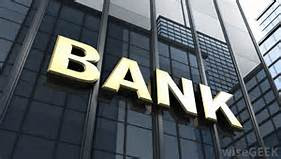 Nigeria Banks, companies reduce workers' salaries due to economic recession