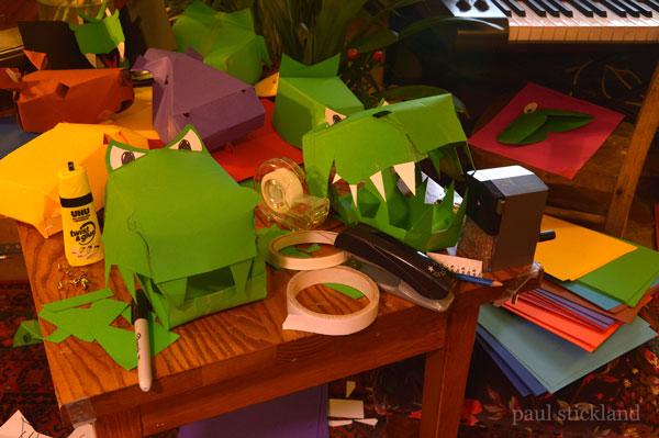 free dinosaur masks, free masks for kids, dinosaur masks,