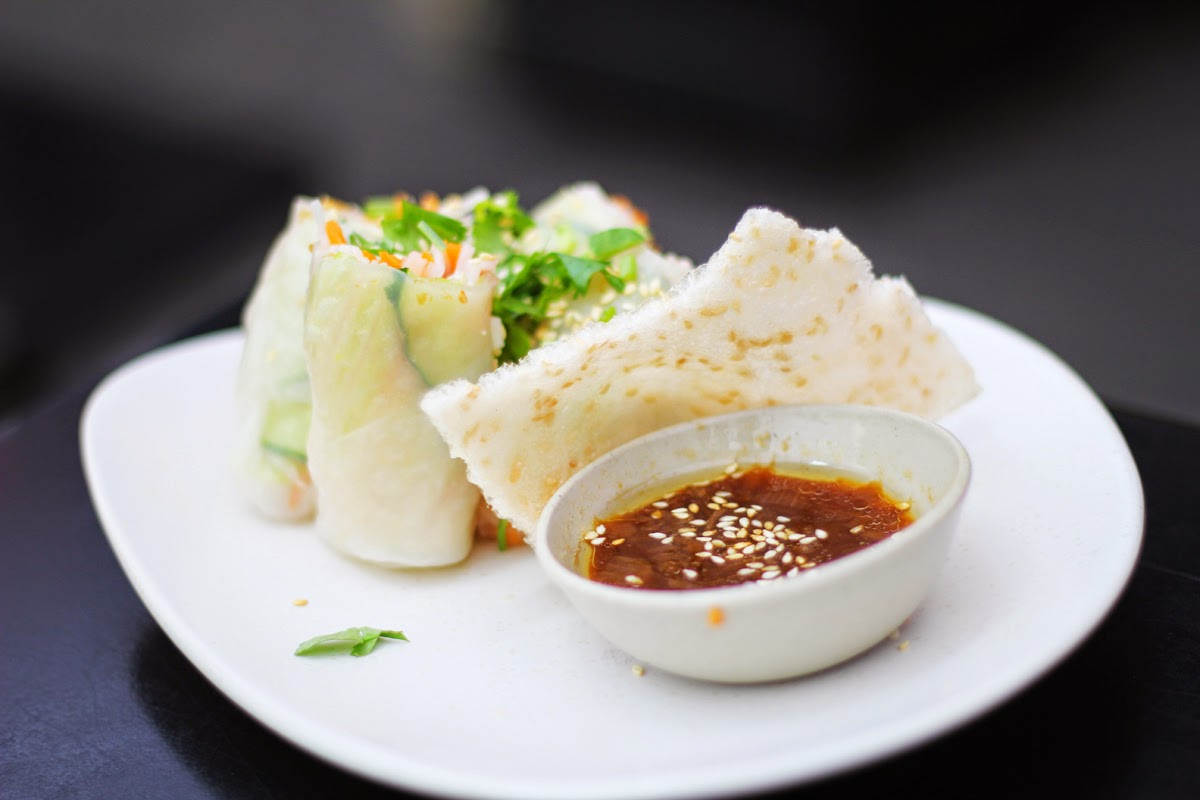 vegan summer rolls with tofu at dudu berlin torstrasse 134