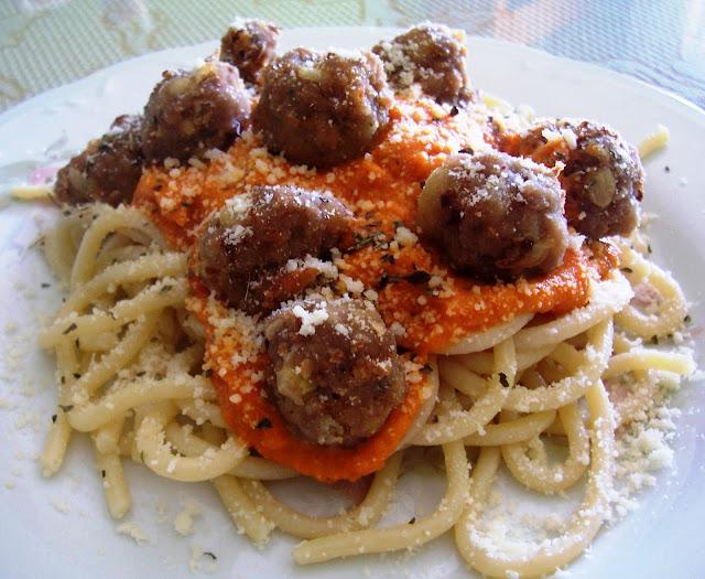 Espaguetis con Albóndigas. Receta
