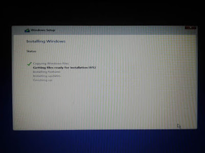 proses instalasi windows 10 di laptop