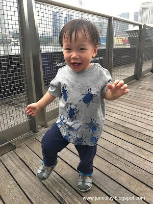 Marina Bay Sands Shopping Centre Baby Running