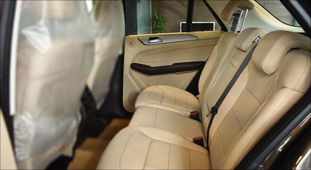 Băng sau Mercedes GLE 400 4MATIC 2019 thiết kế rộng rãi,thoải mái và ngả ra sau được