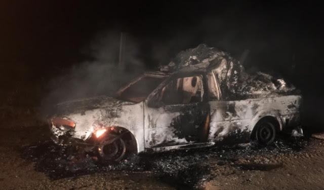 Ambulãncia queimada em Jacinopolis