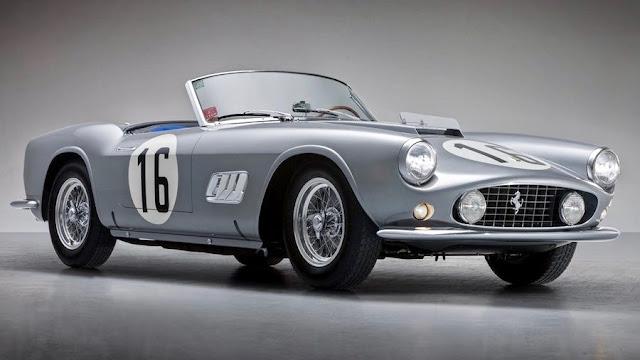 1959年製の「フェラーリ250GT LWB カリフォルニアスパイダー」が約20億円で落札!