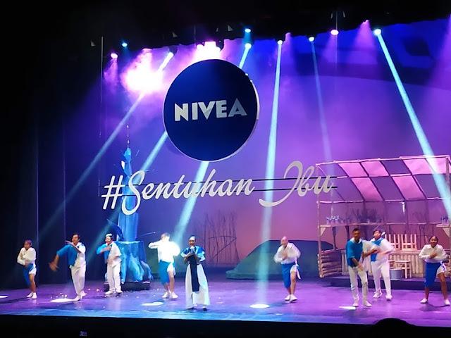 "Drama Musikal Nivea ""Dongeng Pohon Impian"" Mimpi Indah Ibu dan Anak"