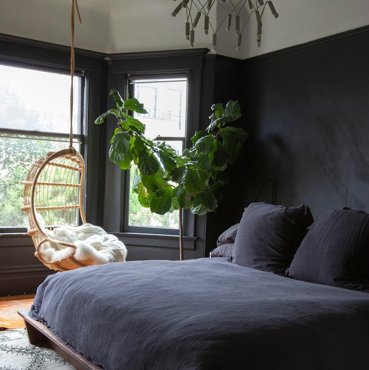 dormitorio en tonos negros