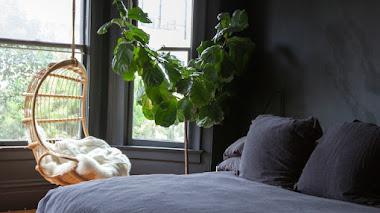 Gotele y paredes negras en el dormitorio (Home tour)