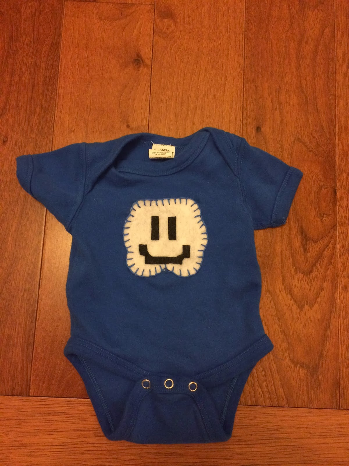 Super Mario Bros. 3 Cloud - Felt applique onesie diy