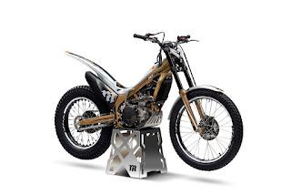Honda_Cota_50Aniversary_YM18_detalle