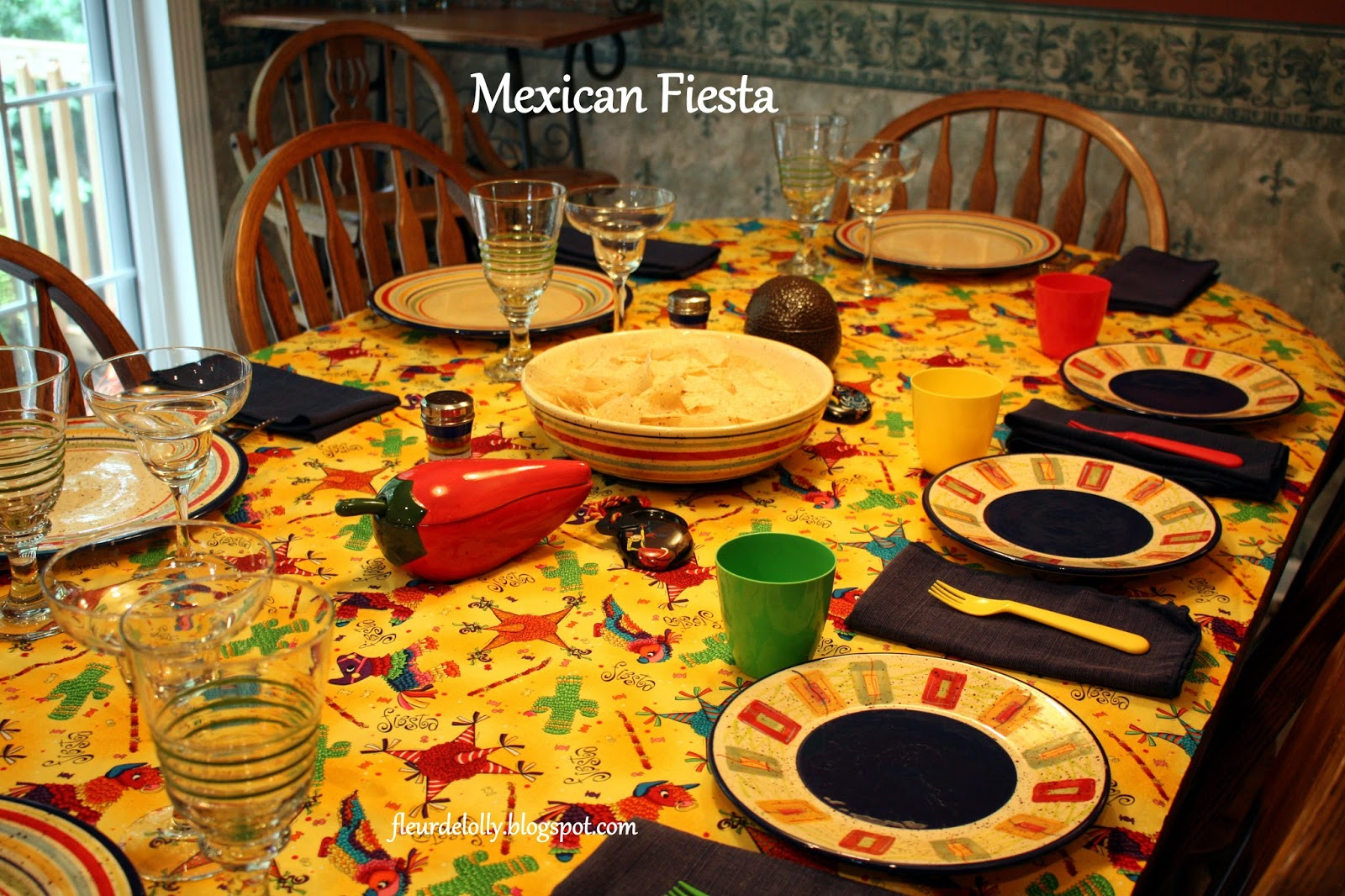 Fleur de Lolly: Mexican Fiesta Table Setting