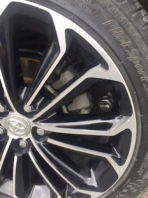 Cảm biến áp suất lốp gắn ngoài