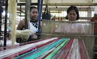 Famous Tubigon Loom weaving  tour in tubigon bohol philippines 2018