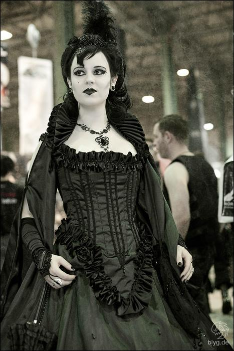 Stripy Tights And Dark Delights Styles Of Goth Fashion High Gothic