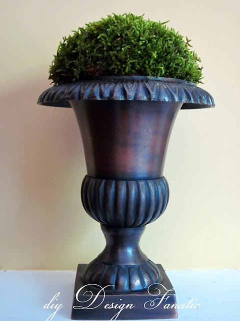 moss urn, stool, cottage, cottage style, farmhouse, farmhouse style, diyDesignFanatic.com