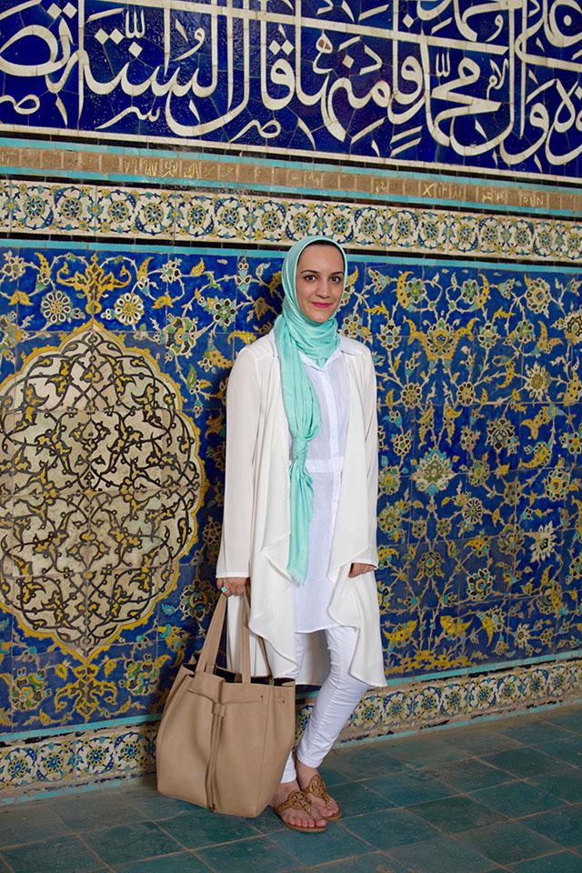 Isfahan-Iran Travel-Sheikh Lotfollah Mosque-Naqsh-e Jahan Square-Sheikh Lotfollah Mosque-Masjed-e Sheikh Lotfollah-Travel Blogger