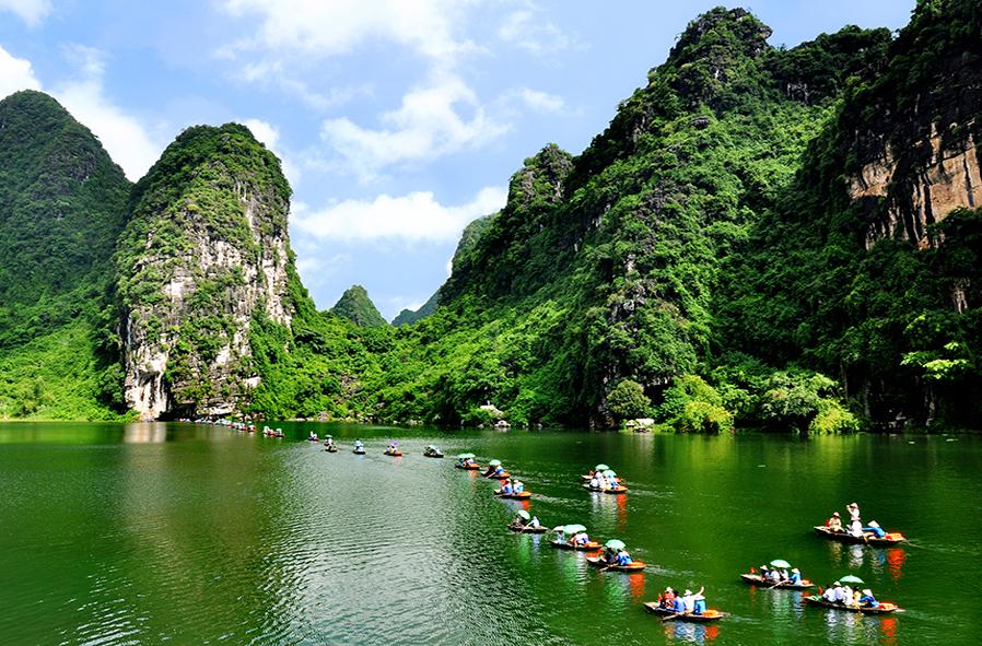 Tour Sài Gòn - Hà Nội - Hạ Long - Bái Đính - Tràng An - Sapa 6N5Đ