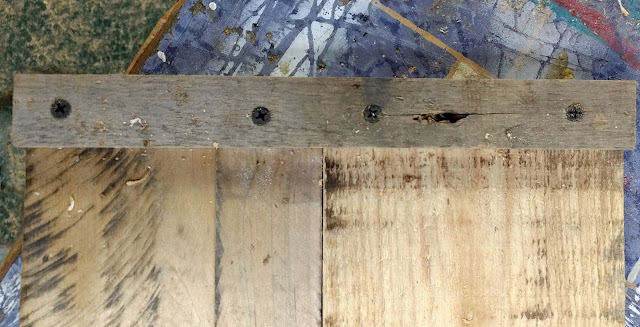 join together pallet boards with a small wood scrap