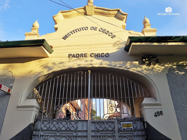 Vista da fachada da entrada do Instituto de Cegos Padre Chico - Ipiranga - São Paulo