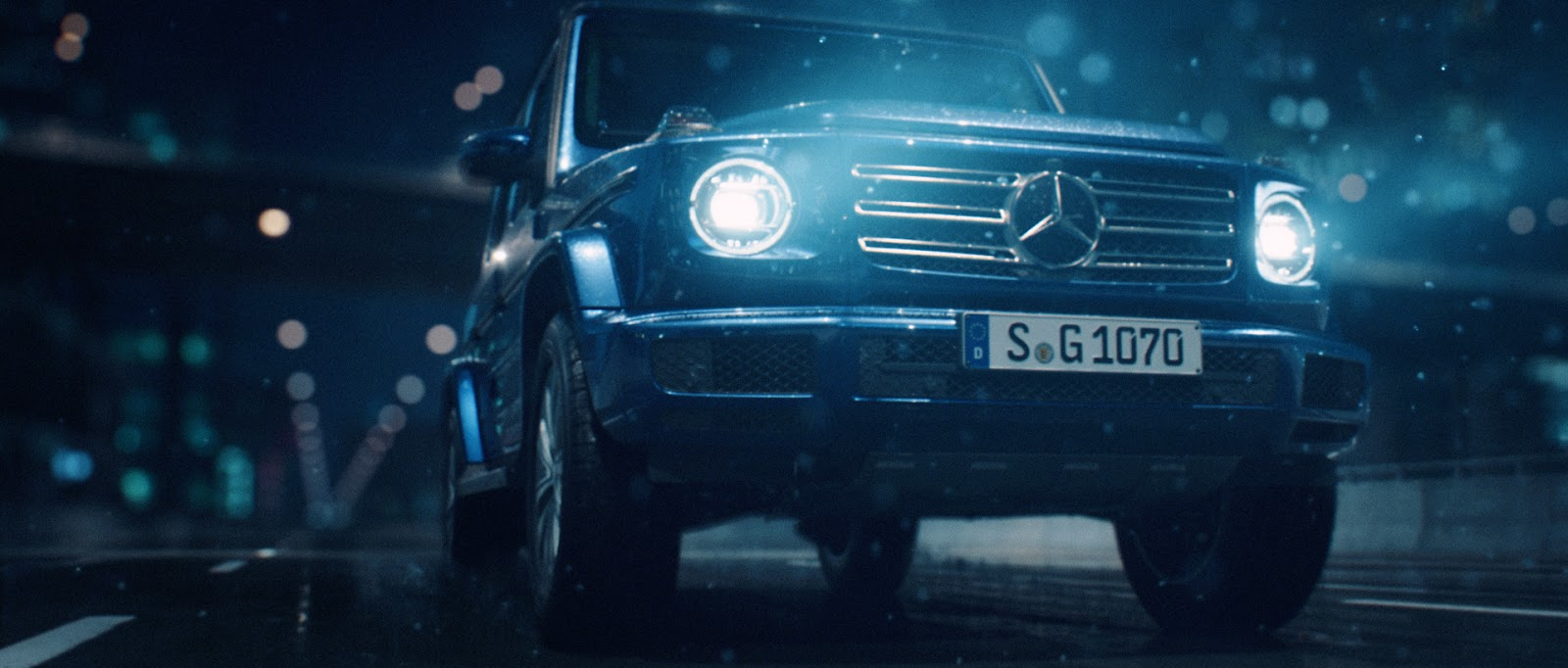 Mercedes Benz U0027Stronger Than Timeu0027 | Incredible VFX By Antoni + Sehsucht